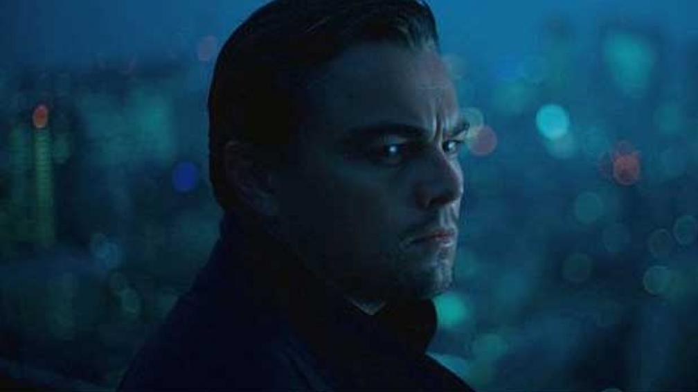 """LADRÓN DE SUEÑOS. DiCaprio tiene un extraño oficio en """"El origen"""": robar ideas del subconciente de las personas."""