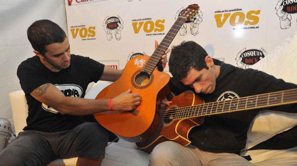 """LIVING DE VOS. Ciro y Mauro de Jauría hicieron una perlita: la canción de """"Dragon Ball Z""""."""