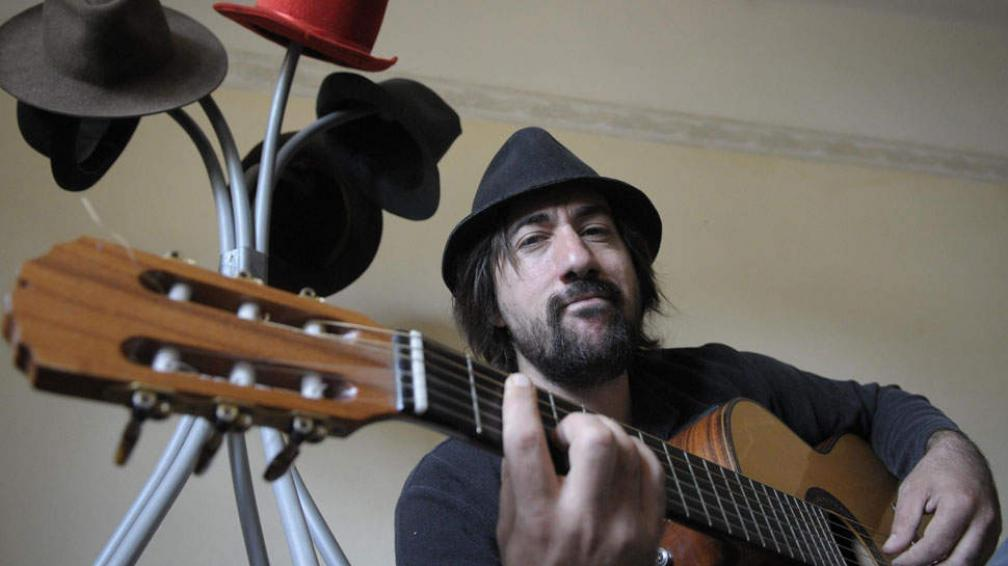 Marcos Luc se define como cancionista y rechaza la etiqueta de cantautor.