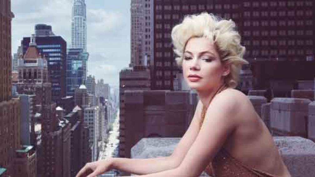ACTITUD. Así se ve Michelle Williams para Vogue octubre, en una terraza de Nueva York y como Marilyn Monroe