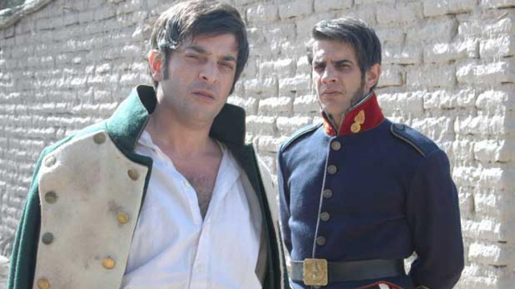 BELGRANO Y SAN MARTÍN. Rago y Pablo Echarri interpretan a los dos próceres en la película.