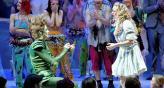 El momento en que Peter Pan le pide la mano a Wendy. Foto: Daily Report.