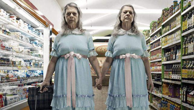 Las ya no tan jovencitas de la película 'El Resplandor' (foto: Behance.net).