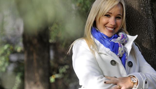 Paola Martínez está en radio y en TV. Y sueña con conducir un programa de juegos.