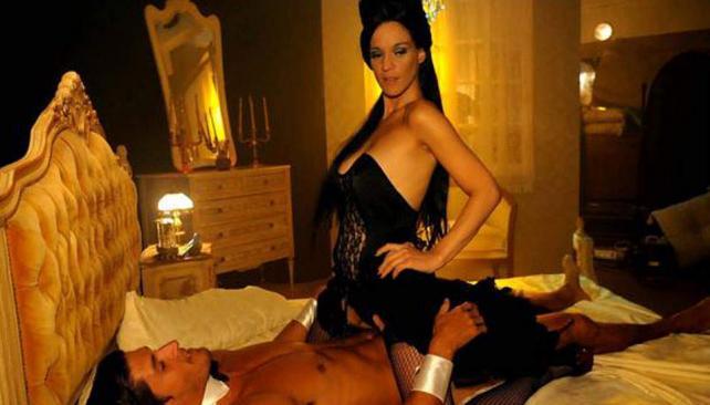 """Leticia Brédice en la piel de """"Darlyng"""", una bella porno star."""
