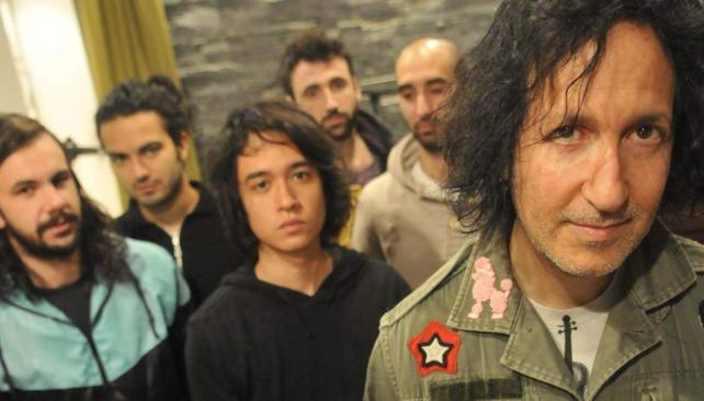 """Los chicos de Paris Paris Musique le enviaron un correo a Gordon Raphael y se encontraron con un """"OK"""". Ahora, trabajan juntos en Córdoba."""