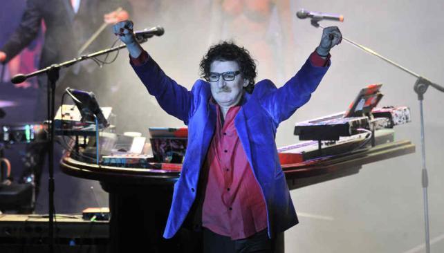 """Charly García traerá su espectáculo sinfónico """"Líneas Paralelas"""" al festival."""