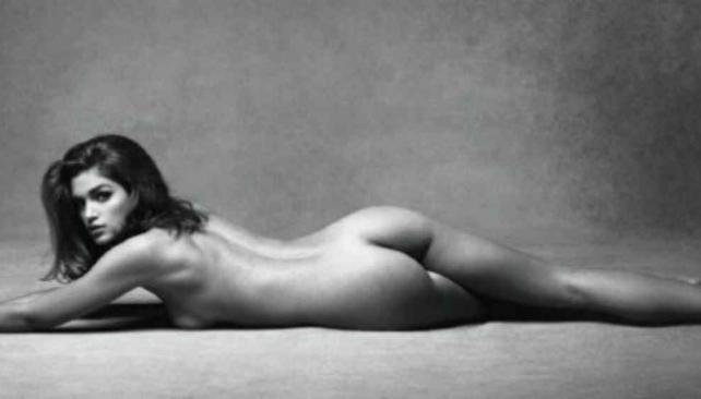 Cindy Crawford perlas desnudas